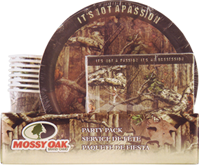 Mossy Oak Infinity Outfitters 33 Piece Party Pack